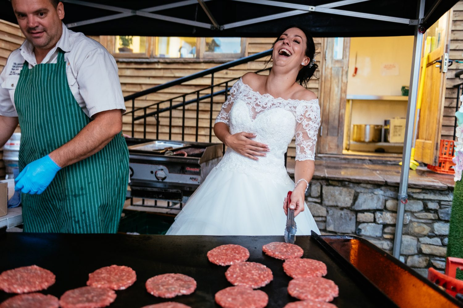 alternative wedding photography ideas - get involved in the kitchen